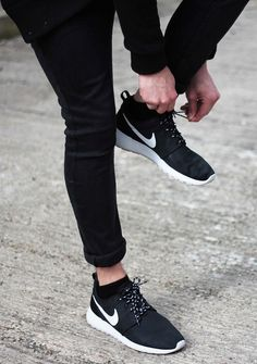 I like this style. Nike can look good with skinny jeans too.