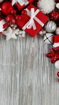 Are you looking for inspiration for christmas wallpaper?Navigate here for unique Christmas ideas.May the season bring you happy memories. New Year Wallpaper, Holiday Wallpaper, Screen Wallpaper, Wallpaper S, Wallpaper Backgrounds, Iphone Wallpaper Christmas, Wallpaper Ideas, Christmas Mood, Christmas Crafts