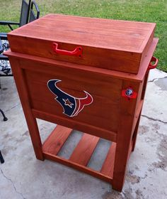 55 qt Houston Texans Cooler / Ice chest I need a Braves ice chest Texans Game, Texans Logo, Houston Texans Football, Football Fans, Football Season, Wood Cooler, Bulls On Parade, Ice Chest Cooler, Sport Craft