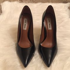 """Steve Madden Pointy Heels Proto Black Steve Madden Pointy Heels Leather upper Pointed closed-toe  4"""" heel  Worn once  Has a tiny scuff on right shoe but its not very noticeable unless you stare at the shoe.  no box Steve Madden Shoes Heels"""