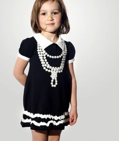 Adorable little girls dress....