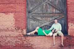 Reminds me of our engagement session...Maybe revisit some of those locations & do a maternity session???