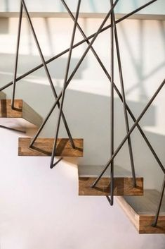 60 amazing and modern staircase ideas and designs 42 Staircase Railing Design, Interior Stair Railing, Home Stairs Design, Stair Handrail, Home Interior Design, Staircase Ideas, Staircase Design Modern, Railing Ideas, Wood Stairs