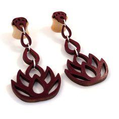 Tropft Lotus design  Dangling 3D Inlay hergestellt aus nachhaltig geernteten Walnuss  auf handgemachte Ahorn Double Flared Stecker  Bestellung in