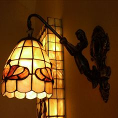 Tiffany Stained Glass 1-Light Wall Sconce with Butterfly Pattern