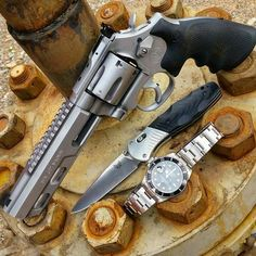 Weapons Guns, Guns And Ammo, Smith And Wesson Revolvers, Survival, Shooting Gear, Home Defense, Tactical Gear, Shotgun, Firearms