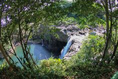 11 of the Best Things to Do in Kona for First Time Visitors Ready for an extraordinary adventure on the Big Island? Check out all of the fantastic things to do in Kona for first time visitors. Hawaii Honeymoon, Hawaii Vacation, Hawaii Travel, Hawaii Tourism, Honeymoon Island, Big Island Hawaii, The Big Island, Kona Island, Savannah Georgia