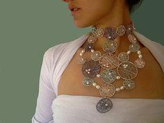 Saxony Collar
