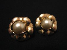 BIG Vintage Gold Tone and White Faux Pearl Flower Clip by ditbge, $6.50