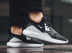 "Nike Lunarcharge ""Black/White"""