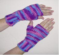 Striped Fingerless Gloves | FaveCrafts.com