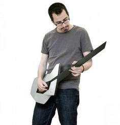 Guitarra conceitual substitui cordas por superfícies de toque