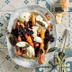 Roast butternut and Fior Di Latte salad with warm blueberry dressing (via TASTE) Kitchen Stuff, Kitchen Ideas, Roasted Butternut, Weeknight Dinners, Cheese Recipes, Starters, Latte, Blueberry, Salads