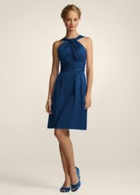 It's so hard to find the perfect indigo blue dress. This one is the perfect color and style!