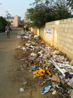 "#Bangalore #Vinayakalayout ""Garbage next the temple park has not been cleared since months."" - Sathya Sagar. Click on the link to VOTE UP Sathya's complaint to get the issue resolved faster: http://bit.ly/1iOPdj7"