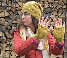 Modèle : Nephélée – Letipanda    Taille : Bonnet : taille 3 – Mitaines : taille 17-18    Laine : 250 m de mélange coton/acrylique – 47m de Forêt , le tout teint aux pelures d'oignons.