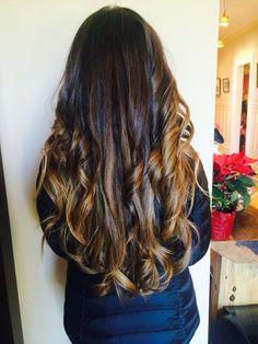 Love this color! #brunette #balayage #beautifulhair #beachy #beachwaves #highlights #hairpainting #gorekristin #hairbygorekristin
