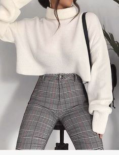 Fashion outfits Outfits Winter outfits Fashion Elegant outfit Sixth form outfits - 100 Outfits I like and I will definitely try - Casual Winter Outfits, Stylish Outfits, Fall Outfits, Outfit Winter, Summer Outfits, Sweater Outfits, Korean Winter Outfits, Winter Layering Outfits, Winter Outfits Tumblr