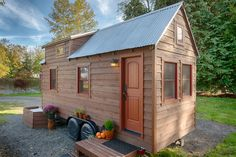 TINY HOUSE TOWN: The Tack House- A 140 SQ FT Tiny Home in Washingto...