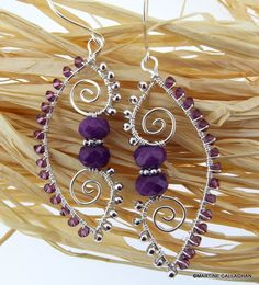 This was the pattern I was thinking of! Morales Morales Bresso Arabesque Wire Earrings--photo only Metal Jewelry, Jewelry Art, Beaded Jewelry, Jewelry Design, Jewelry Ideas, Wire Wrapped Earrings, Wire Earrings, Earrings Photo, Bijoux Fil Aluminium