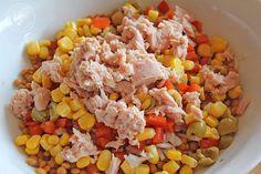 Ensalada de lentejas de verano www.cocinandoentreolivos.com (4) Shrimp Avocado Salad, Tuna Salad, Cooking Time, Cooking Recipes, Healthy Recipes, Eat Seasonal, Antipasto, Fried Rice, Healthy Life