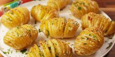 The 50 Most Delish Side Dishes -Garlic Butter Potatoes Potato Dishes, Veggie Dishes, Vegetable Recipes, Chicken Recipes, Russet Potato Recipes, Baked Potato Recipes, Sliced Baked Potatoes, Recipes For Potatoes, Golden Potato Recipes