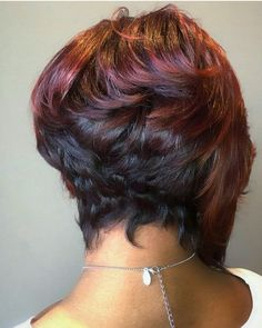 This bob cut is gorgeous; not to mention her hair coloring
