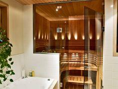 Tunnelmallinen sauna - sikäli kun sähkösauna voi sitä olla.