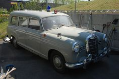 Old Ambulance | Norwgian Old Mercedes Ambulance | Flickr - Photo Sharing!
