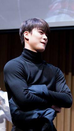 My son, my angel is Moon Bin. Kim Myungjun, Jinjin Astro, Park Jin Woo, Astro Wallpaper, Rapper, Lee Dong Min, Astro Fandom Name, Eunwoo Astro, Pre Debut