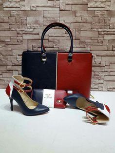 TOMY KOMBİN... Look Fashion, Fashion Bags, Fashion Shoes, Hot Shoes, Crazy Shoes, Zapatillas Louis Vuitton, Shoe Boots, Shoe Bag, Dior