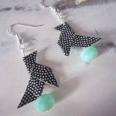 Boucles d'oreille cocotte en origami, perle turquoise
