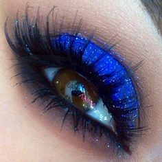 ADD diy <3 <3 www.customweddingprintables.com ... highlight brown eyes with electric blue sparkle!