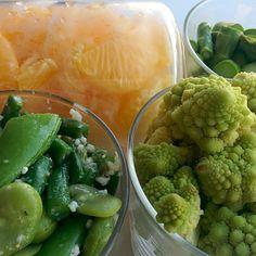 「塩麹のグリーンサラダ。デパ地下のショップでざっくりレシピを聞いて、家でアレンジしてみました。夜中にパリポリ食べだすと止まりません。。