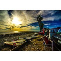 Closing out the day at San Onofre #endemic #surfwear #socal   #vanlife /  @nakisurf   #happysurfing #surfdays #beachlife #surfing #beach #beachdays #localvibes #sandiego #lovethesea #sealegs #campendleton #surflife #saltlife