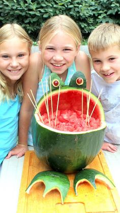 "Watermelon Fog Art More Carved Fruit  Some of my nieces and nephew returned for another weekend. This time we ""carved"" a watermelon into a frog.  Ages 7,9 and 10 and the kids were thrilled.  Empty Nester, Wacky Uncle Dave, spent about an hour, no TV, no Video games, No fights... just fun in the kitchen.  VERY VERY EASY to do!"