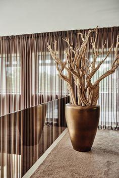 The Netherlands / Private Residence / Corridor / Cravt / Eric Kuster / Metropolitan Luxury Room Decor Bedroom, Living Room Decor, Outdoor Garden Rooms, Decoration Plante, Branch Decor, Driftwood Art, Plant Decor, Entryway Decor, Interior Inspiration