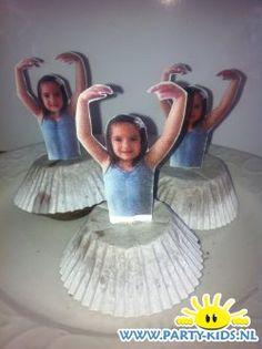 traktaties: Ballerina zelf maken Little Presents, Little Gifts, Birthday Treats, Birthday Parties, 3rd Birthday, Wedding Gift Wrapping, Ballerina Party, Food Humor, Healthy Treats