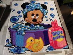mickey - bébé mickey dans son bain Pearler Bead Patterns, Perler Patterns, Pearler Beads, Mickey Mouse And Friends, Mickey Minnie Mouse, Disney Babys, Diy And Crafts, Arts And Crafts, Motifs Perler