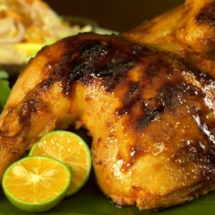 Halal Recipes, Meat Recipes, Cooking Recipes, Ayam Bakar Recipe, Feel Good Food, Simply Recipes, Chicken Wing Recipes, Indonesian Food, Dns