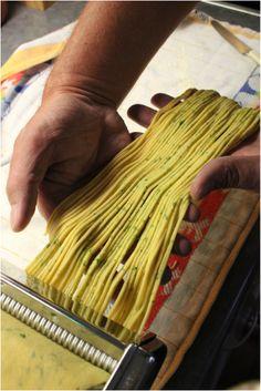 Pasta al Prezzemolo con Sugo di Salsiccia in Birra