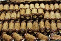 Christmas Sweets, Christmas Baking, Deutsche Desserts, German Desserts, Salty Snacks, Hungarian Recipes, Cake Bars, Pastry Cake, Desert Recipes