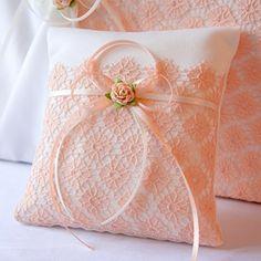 hermoso cojín como regalo de bodas