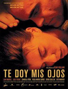"""Una noche de invierno, Pilar sale huyendo de su casa. Lleva consigo apenas cuatro cosas y a su hijo Juan. Escapa de Antonio, un marido que la maltrata y con el que lleva 9 años casada. Antonio no tarda en ir a buscarla. Pilar es su sol, dice, y además, """"le ha dado sus ojos""""."""