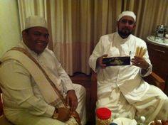 DR AZIZAN osman & Habib syech bersama madu meletup stick Golden Honey