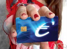 آلمان با توجه به سیاست کلی اتحادیه اروپا از اول آگوست 2014 قانون مربوط به کارت آبی آلمان (blue card) یا همان ویزای کار در کشور آلمان را اجرایی نموده است و