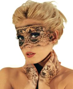 Get some Halloween inspiration with these 7 scary but easy Halloween makeup ideas
