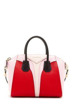 Givenchy Handbag: love i una asi para salir a pasear !