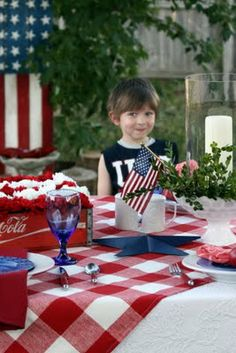 Sweet Something Designs: America The Beautiful Tablescape