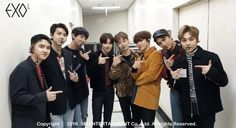 190408🎉 Baekhyun Chanyeol, Park Chanyeol, Exo Dear Happiness, Exo Group Photo, Kai, Luhan And Kris, Exo Official, We The Kings, Exo Korean